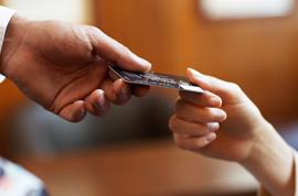 В чем разница между займом и кредитом, В чем разница