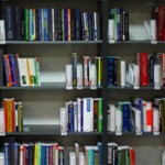 Чем отличается литературоведение от литературы