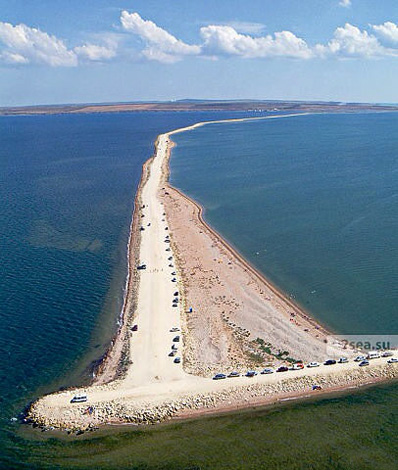 Азовско море(слева) и Черное(справа)
