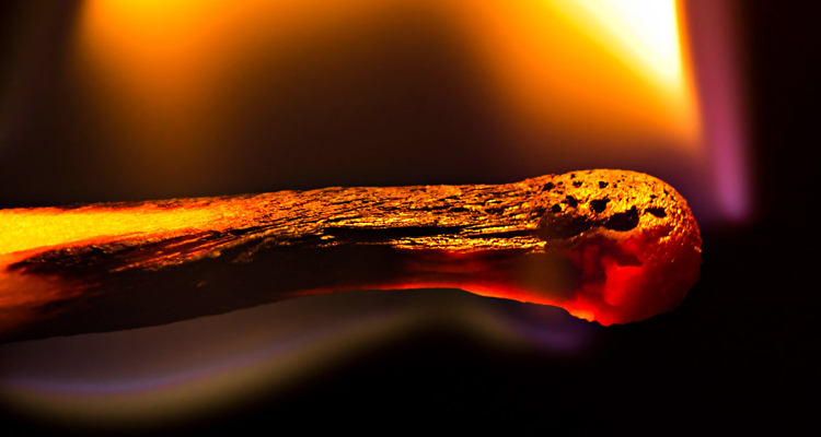 Химическое явление - горение спички