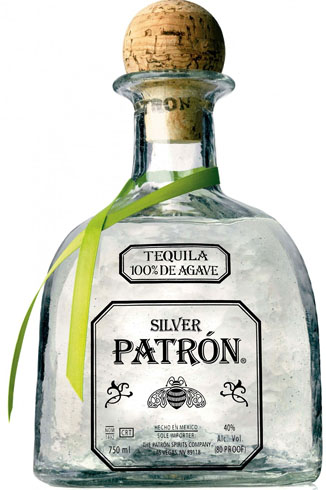 Бутылка серебрянной текилы