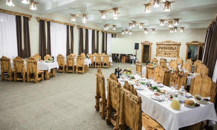 Банкетный зал в ресторане