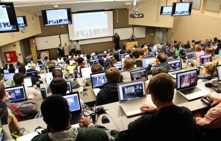 Студенты прикладного бакалавриата