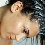 Что лучше бальзам или кондиционер для волос: сравнение и отличия