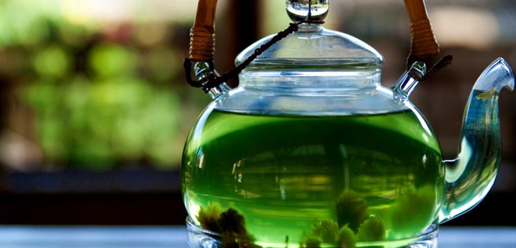 Свежий зеленый чай