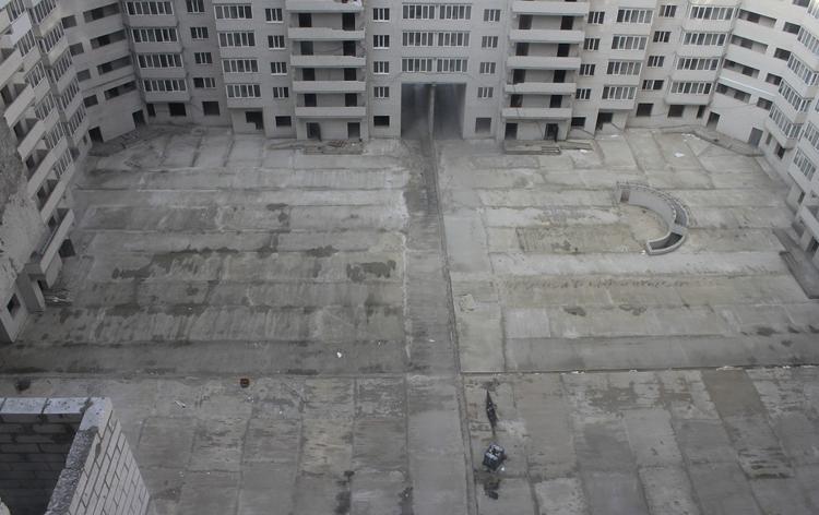 Много бетона