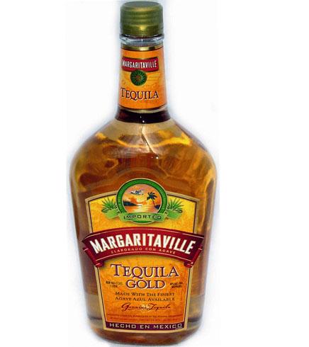 Бутылка золотой текилы