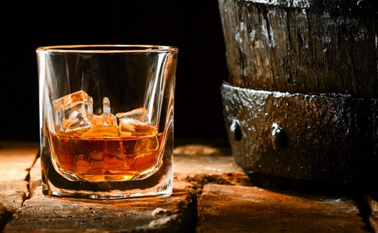 Виски и бочка