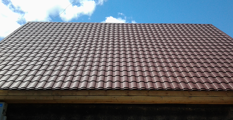 Металлочерепица на крыше