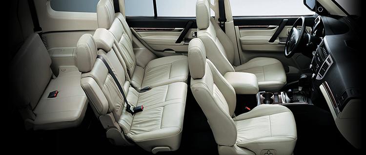 Салон Mitsubishi Pajero