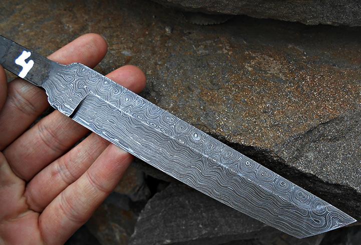 Клинок из дамасской стали