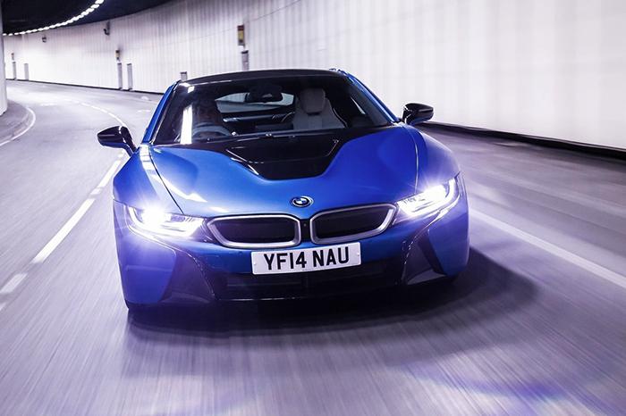 BMW с ксеноновыми фарами