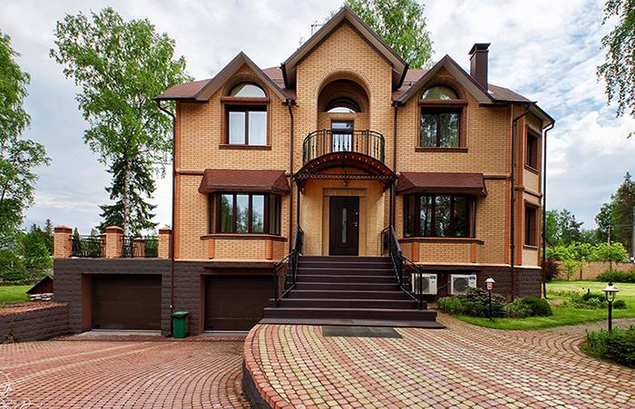 Готовый дом из кирпича