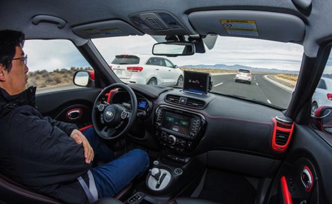 Внутри автомобиля Kia