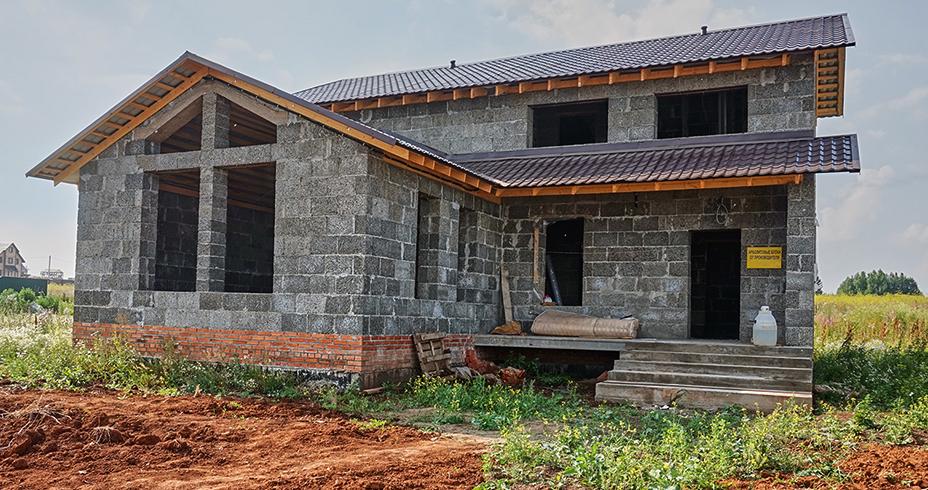 Строительство дома из арботлита
