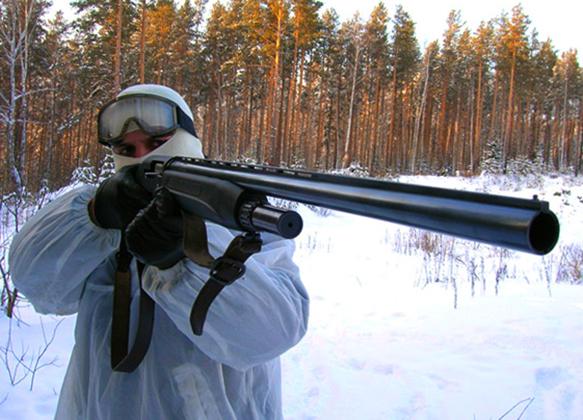 С ружьем МР-153