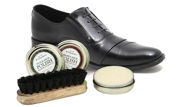 Обувь и средство для него
