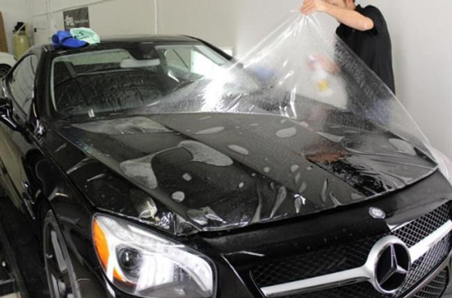 Покрытие автомобиля плёнкой