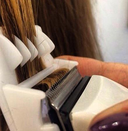 Процесс полировки волос