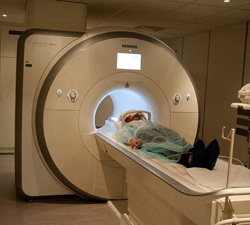 Процедура МРТ гортани
