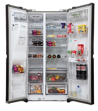 Открытый холодильник lg