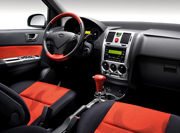 Интерьер Hyundai Getz