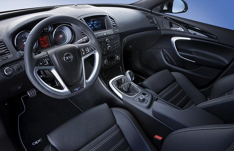 Салон Opel Insignia