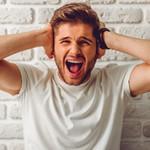 В чем разница между иронией и сарказмом?