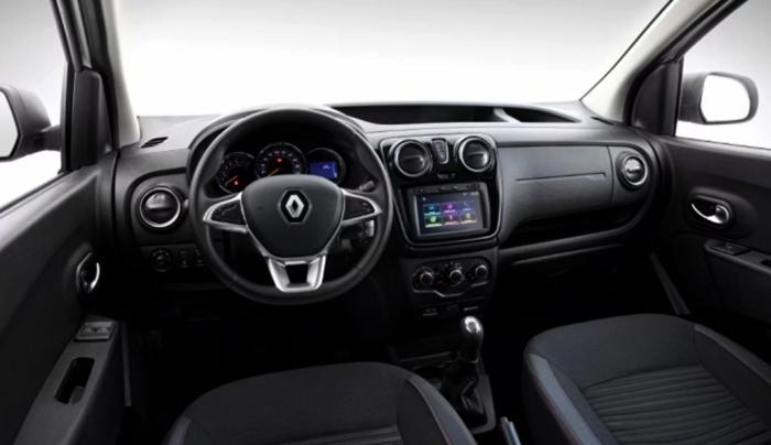 Интерьер Renault Kangoo