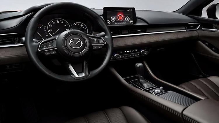Интерьер Mazda 6