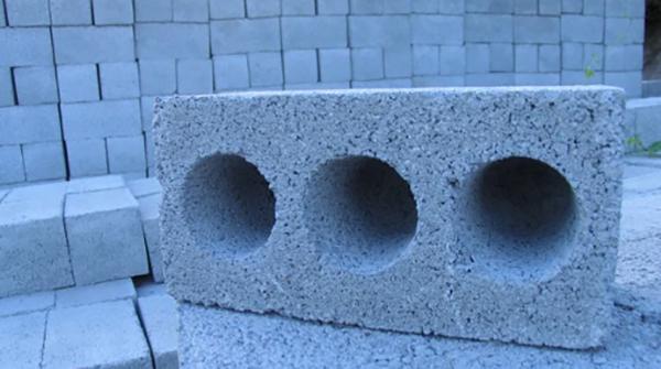 Стеновой керамзитоблок