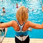Чем лучше занимать для похудения плаванием или аквааэробикой?