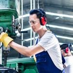 Разница между специалистом среднего звена и квалифицированным рабочим