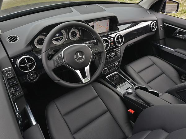 Салон Mercedes-Benz GLK