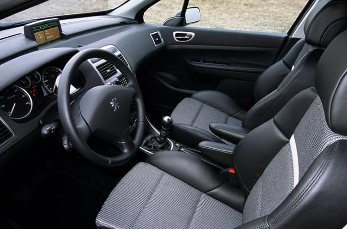 Салон Peugeot 307 XSi