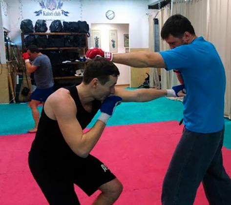 Тренировка по рукопашному бою